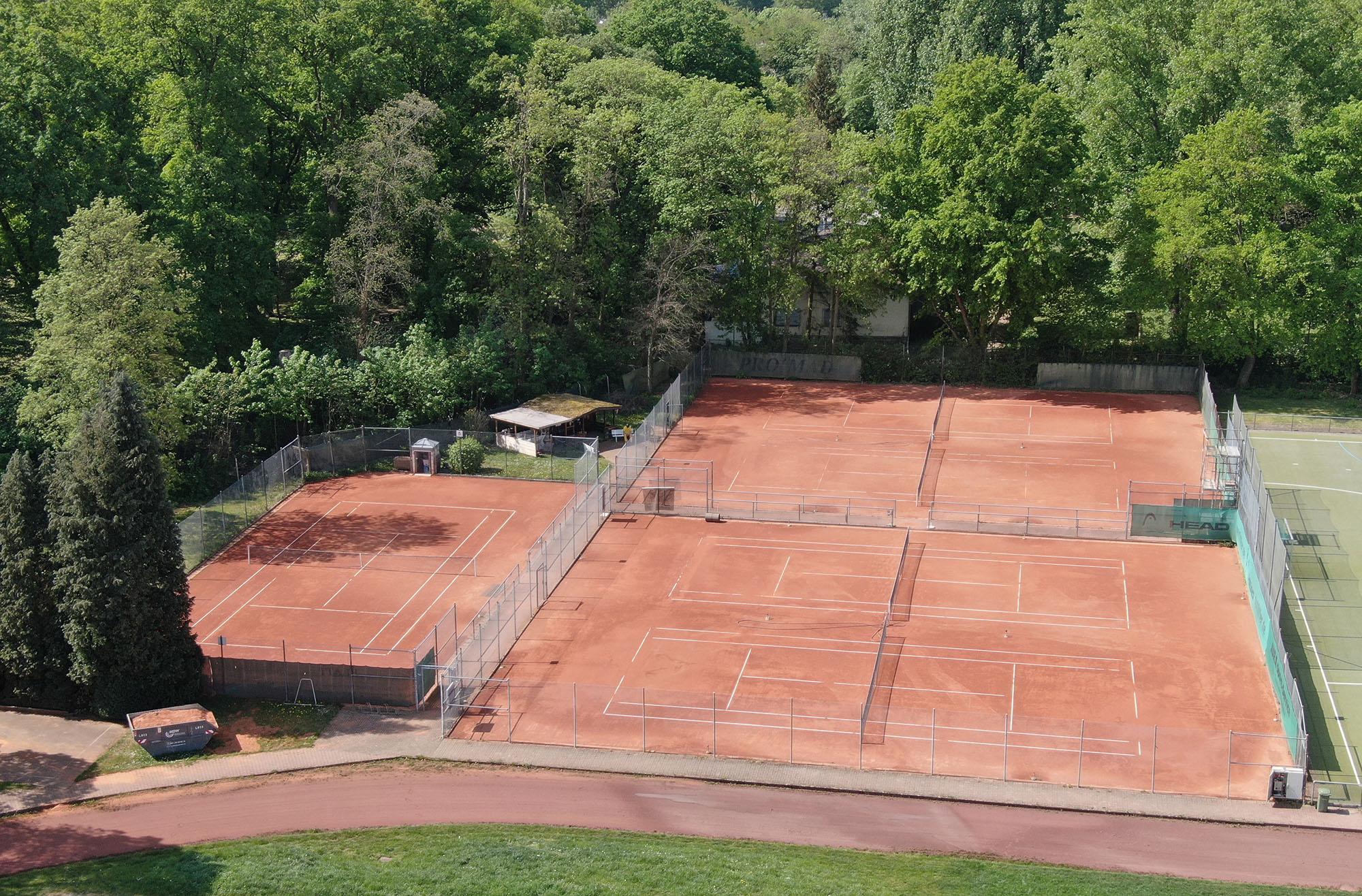 Tennisplatz Luftaufnahme